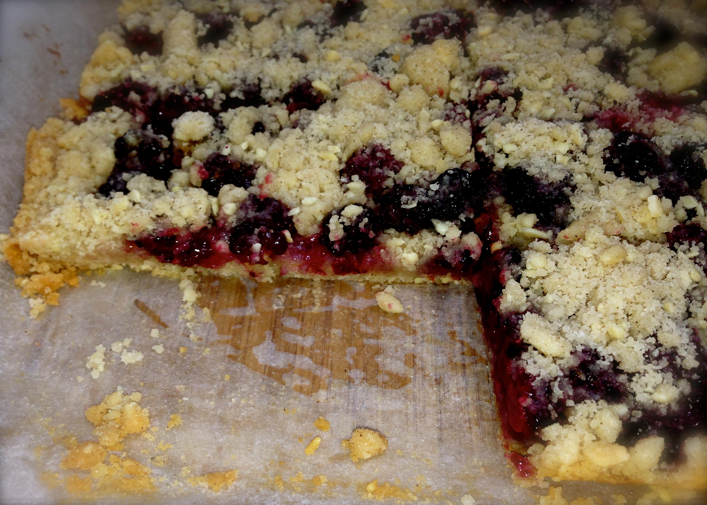 ... blackberry almond shortbread squares berry shortbread bars shortbread